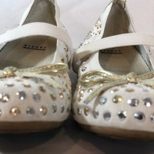 Stuart Weitzman Shoes - STUART WEITZMAN Little Girls white ballet slippers